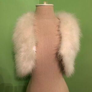 Derhy Kids White Faux Fur Vest